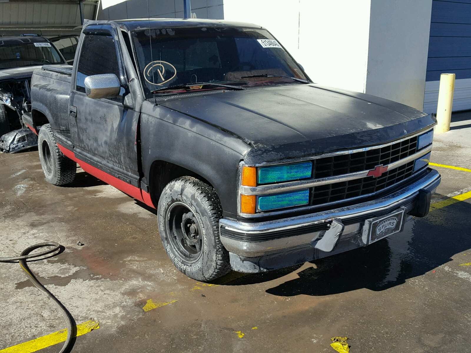 Salvage 1991 Chevrolet GMT-400 C1 for sale
