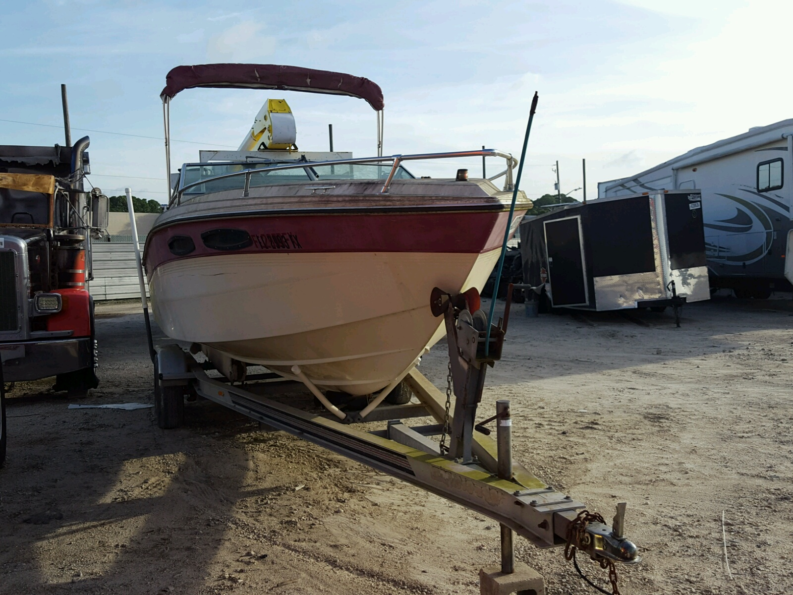 Salvage 1988 Chal BOAT for sale
