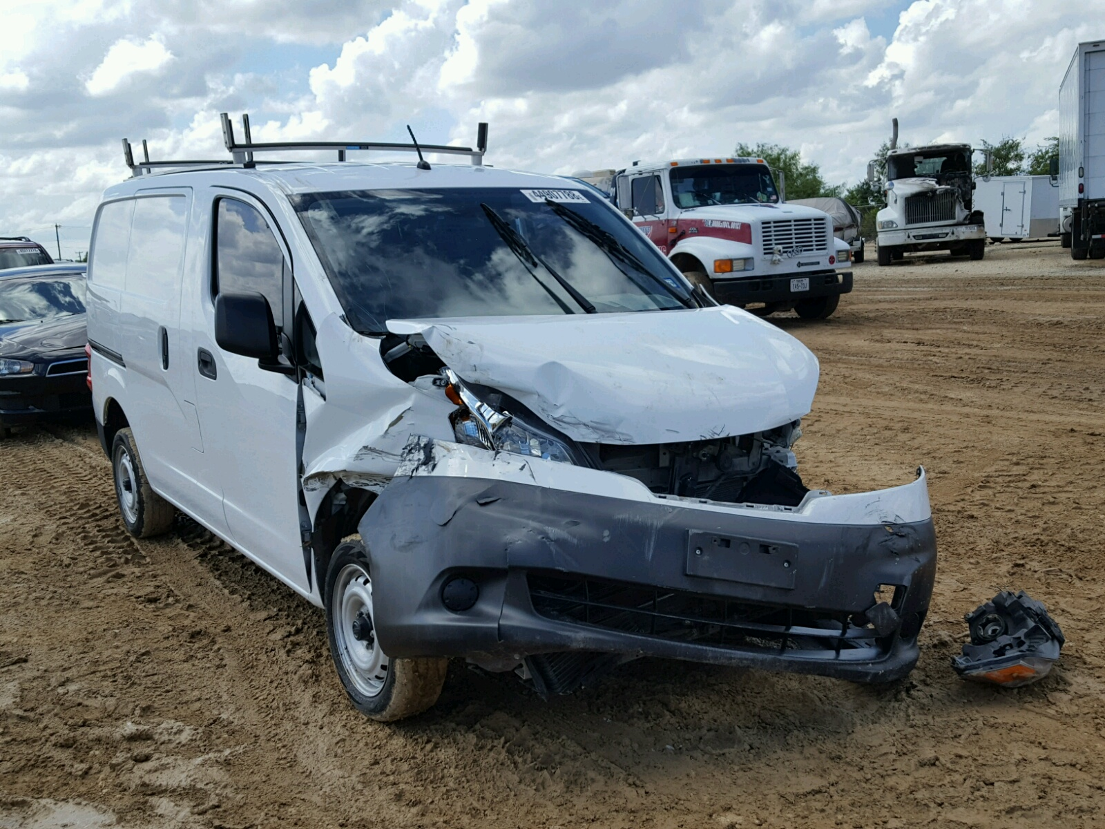 Salvage 2014 Nissan NV200 2.5S for sale
