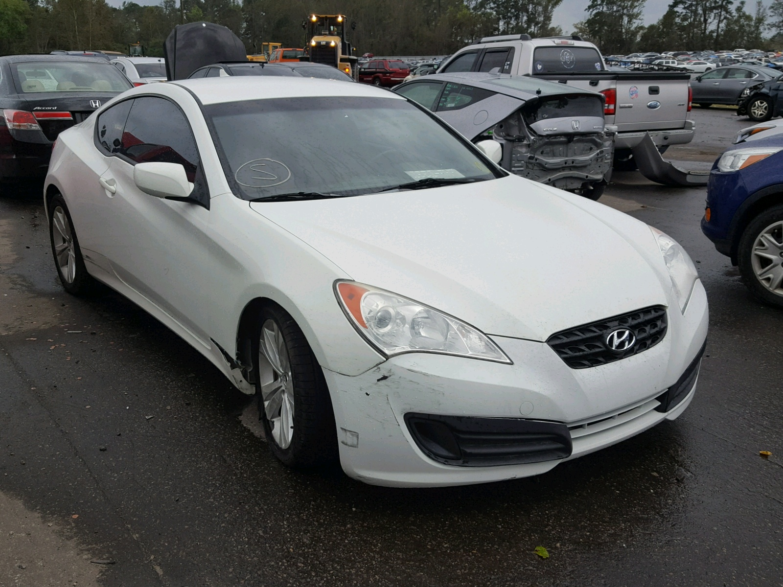 Salvage 2010 Hyundai GENESIS CO for sale