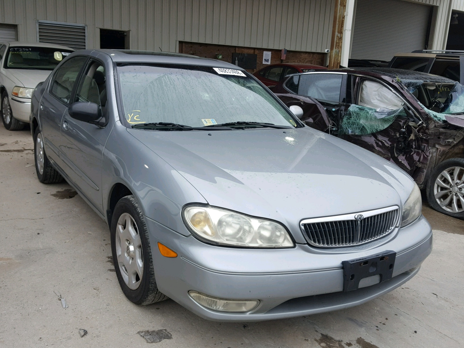 click here to view 2001 INFINITI I30 at IBIDSAFELY