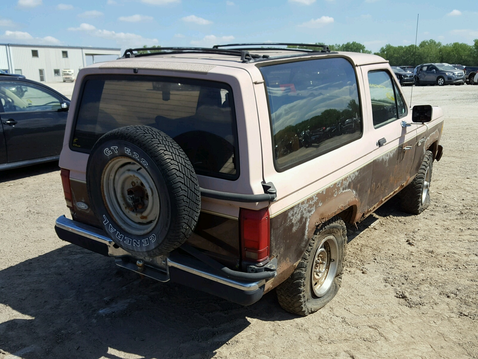 1fmcu14t1huc99445 1987 Brown Ford Bronco Ii On Sale In Ks Kansas 29l Rear View