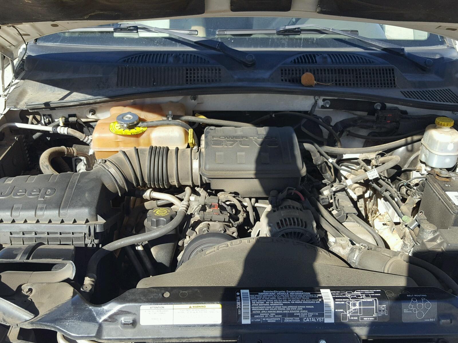 ... 2002 Jeep Liberty Li 3.7L inside view ...