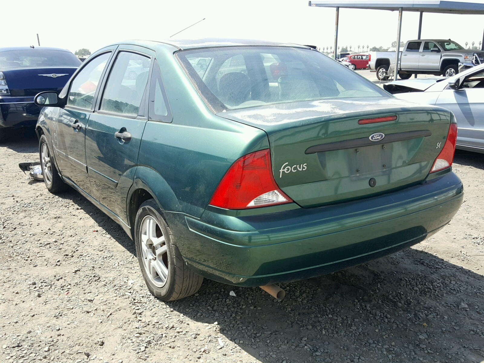 1fafp343xyw367210 2000 Green Ford Focus Se On Sale In Ca Fresno Sedan 20l Angle View
