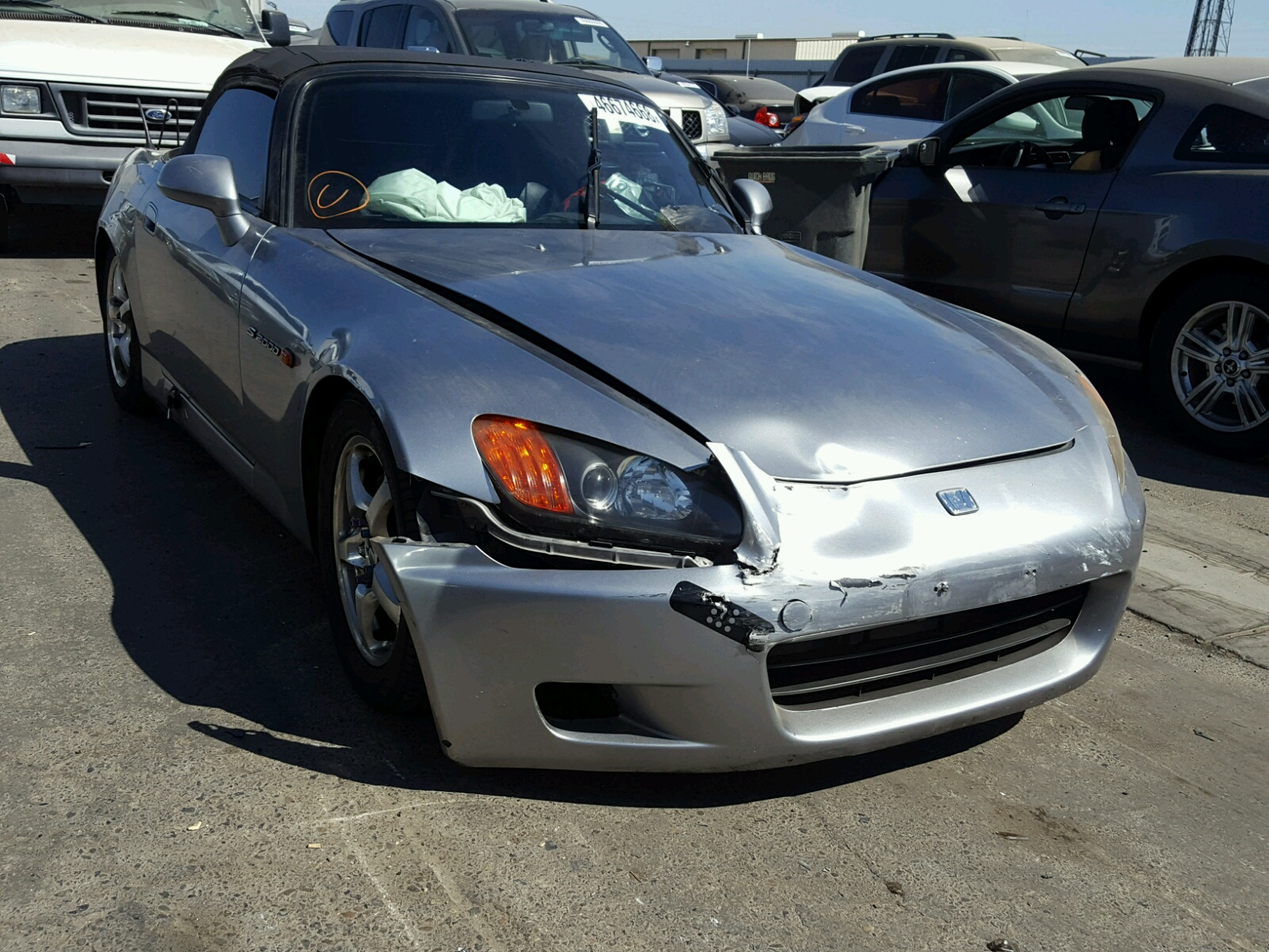 Salvage 2001 Honda S2000 for sale