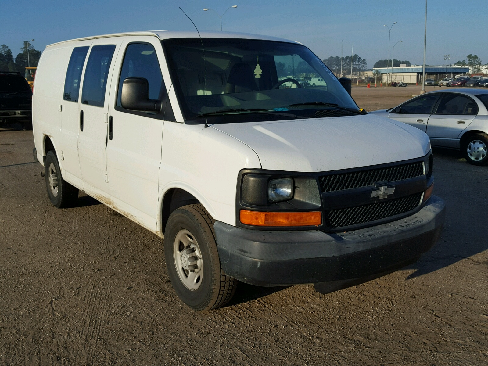 Salvage 2006 Chevrolet EXPRESS G2 for sale