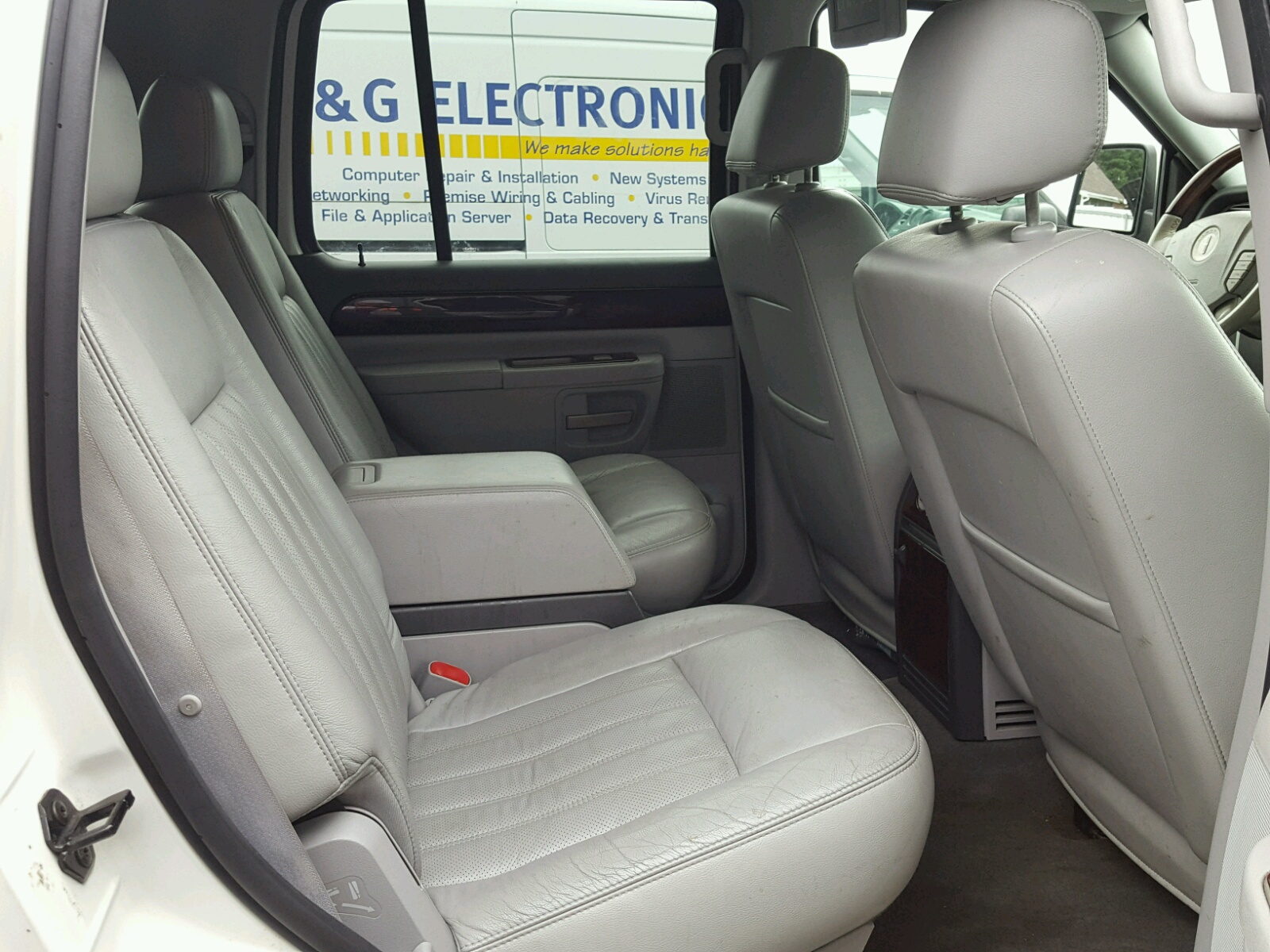 5lmeu88hx4zj00992 2004 White Lincoln Aviator On Sale In Md Seat Wiring 46l Detail View