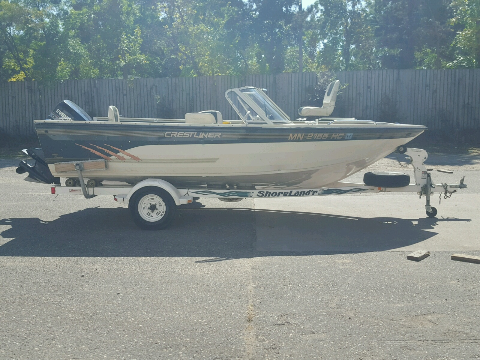 Salvage 1997 Crestliner BOAT for sale
