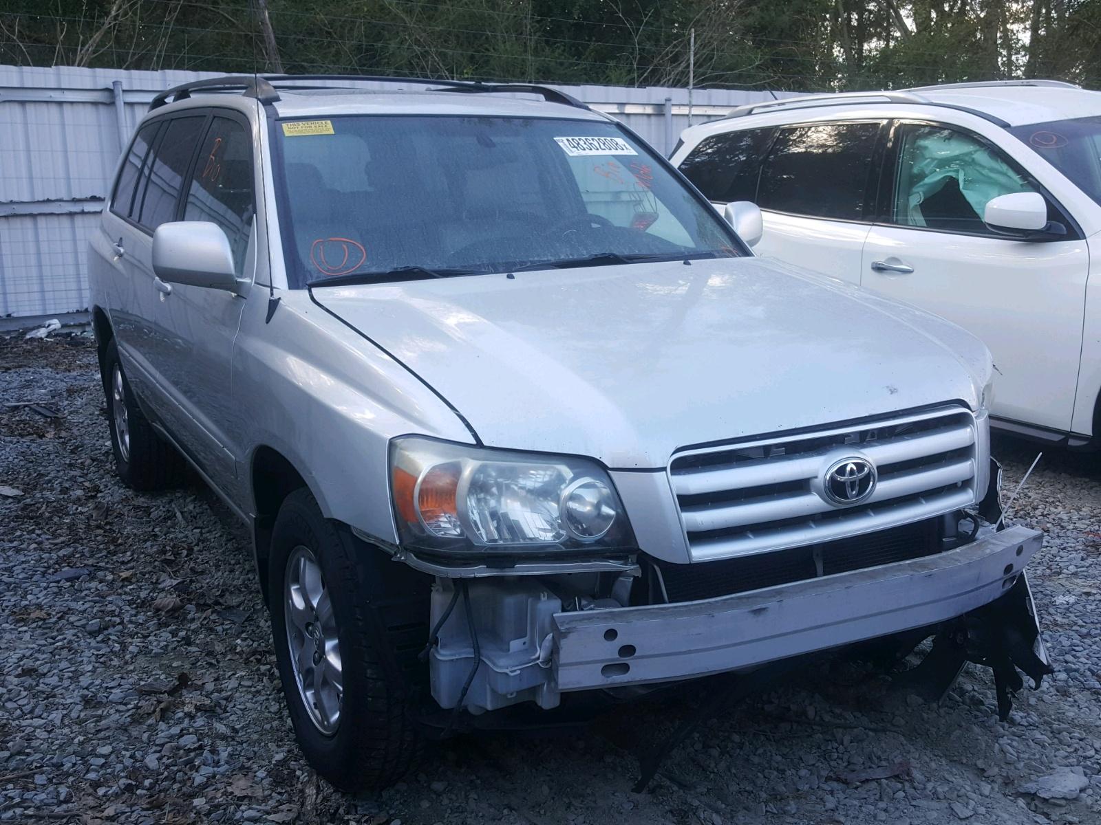 Salvage 2005 Toyota HIGHLANDER for sale