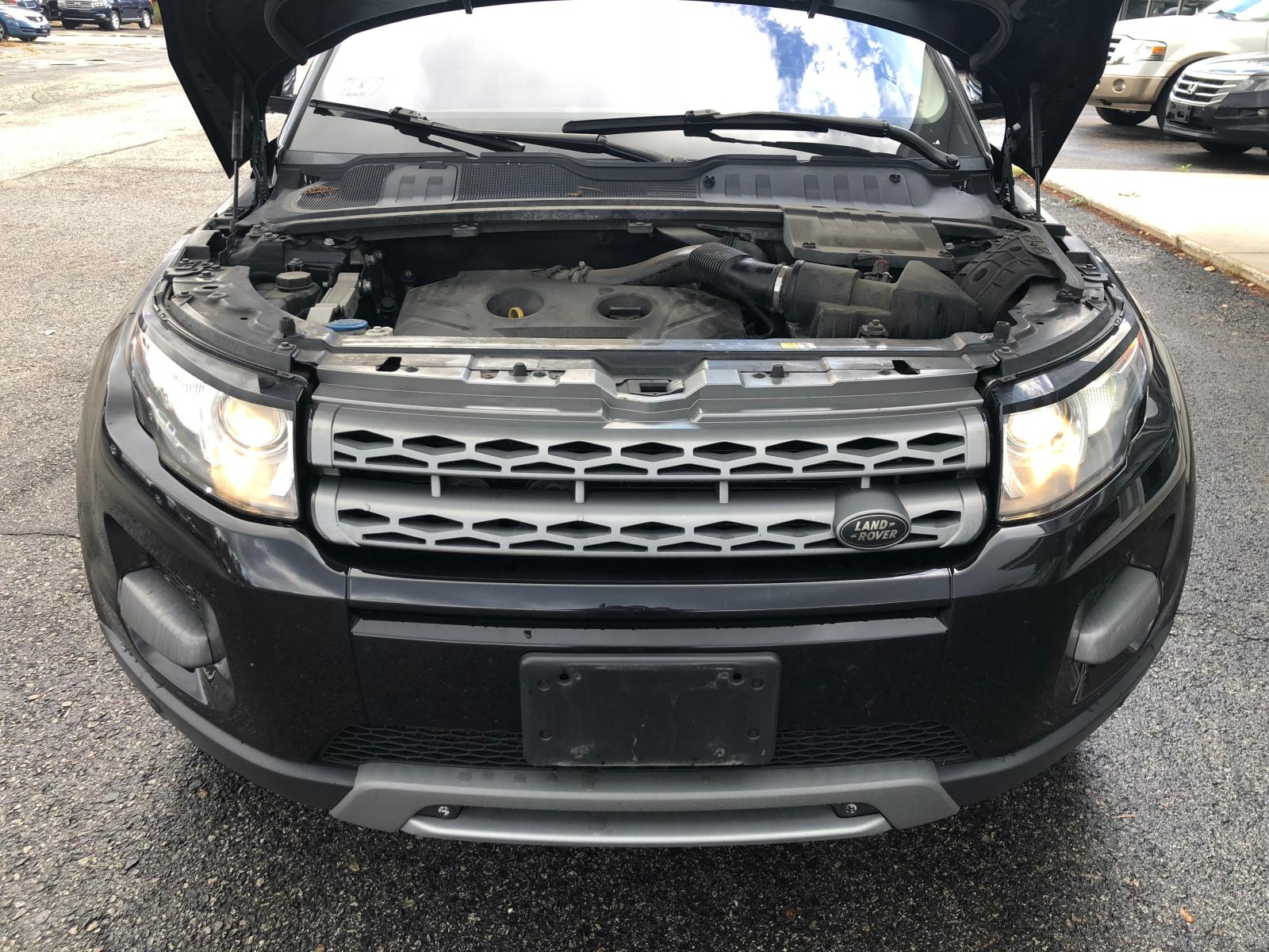 2013 Land Rover Range Rove 2.0L front view