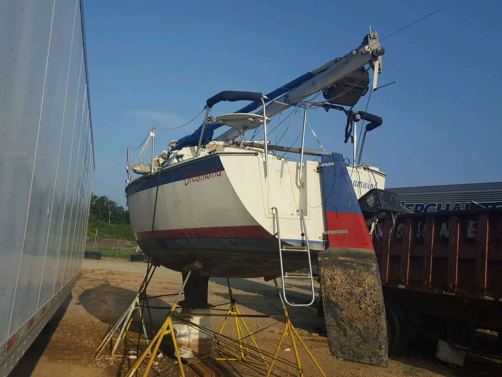 Salvage 1986 Sail BOAT for sale