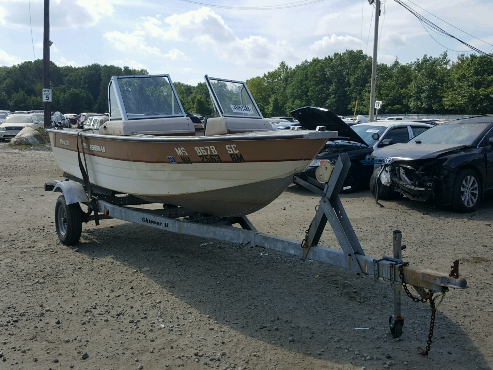 Salvage 1987 Mirro Craft BOAT for sale