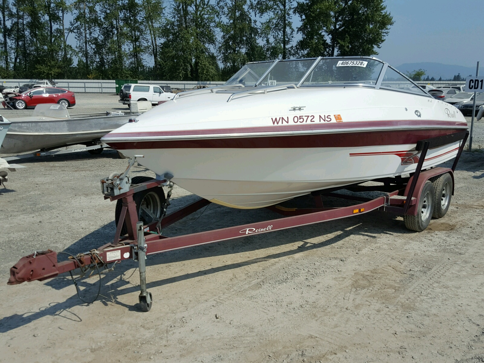 Salvage 1996 Reinell 197RXL for sale