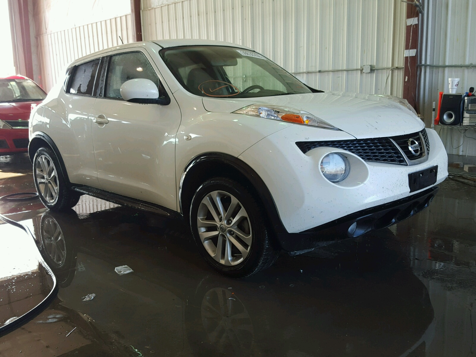 Salvage 2013 Nissan JUKE S for sale