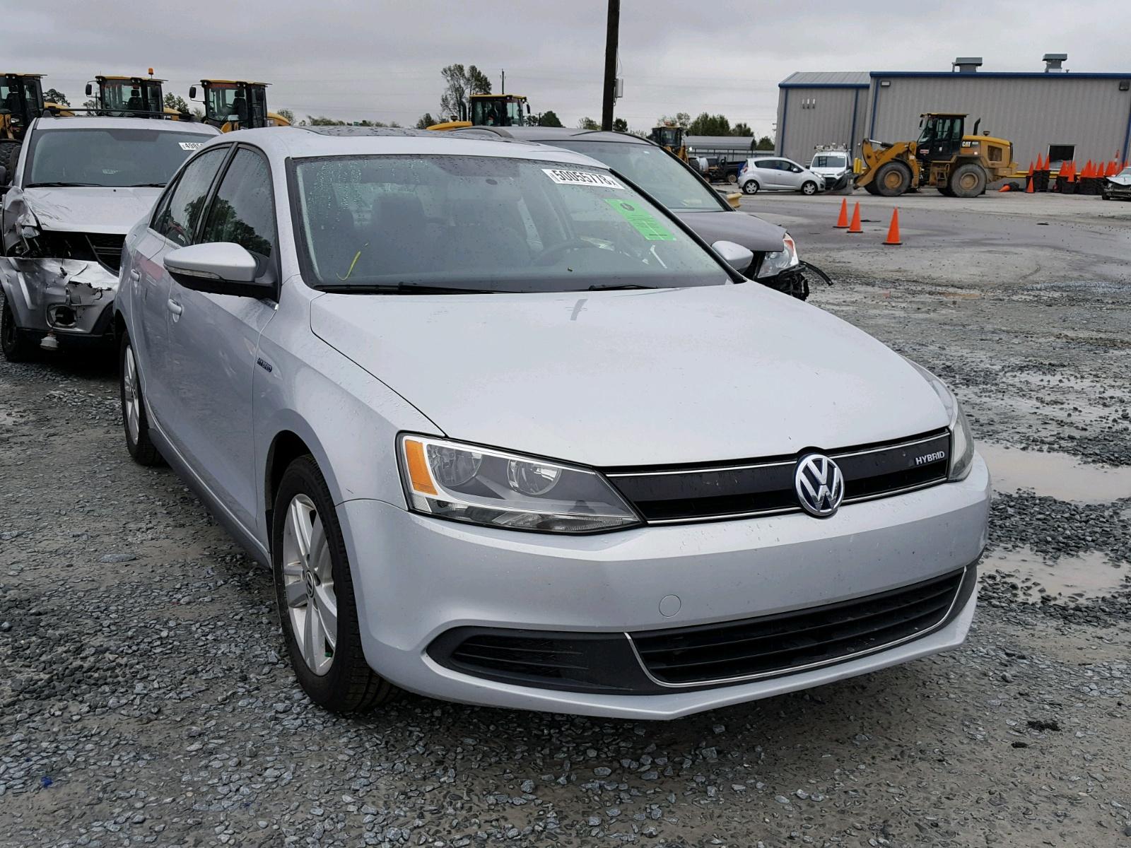Salvage 2013 Volkswagen JETTA HYBRID for sale
