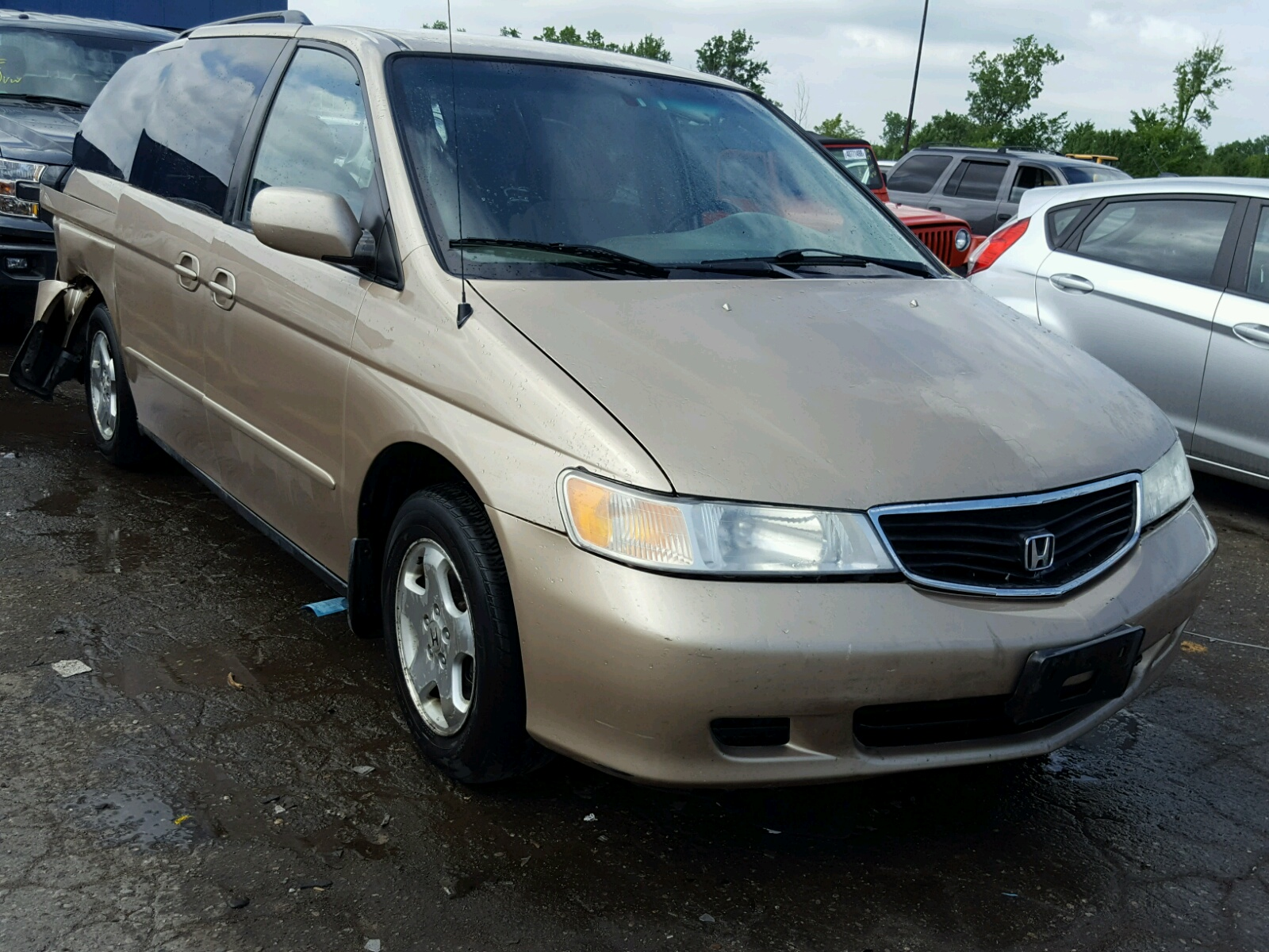 Salvage 2001 Honda ODYSSEY EX for sale