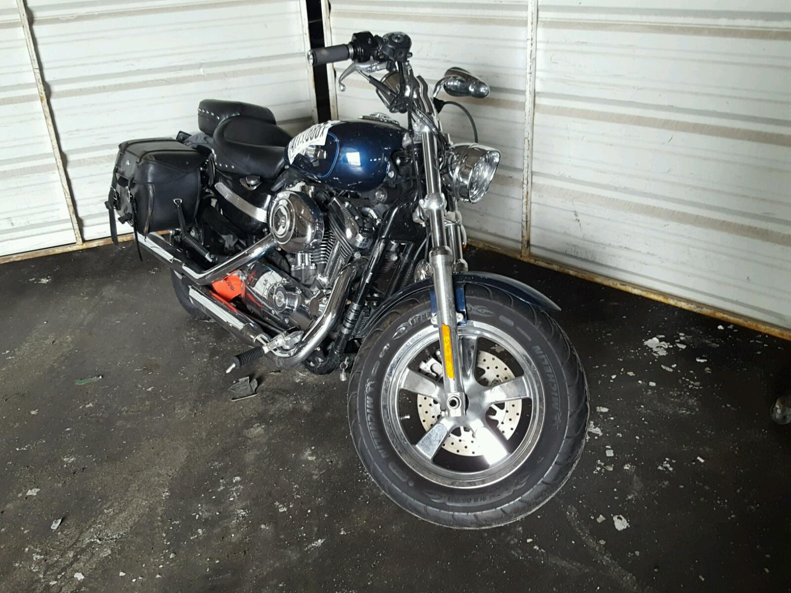 Salvage 2012 Harley-Davidson XL1200 C for sale