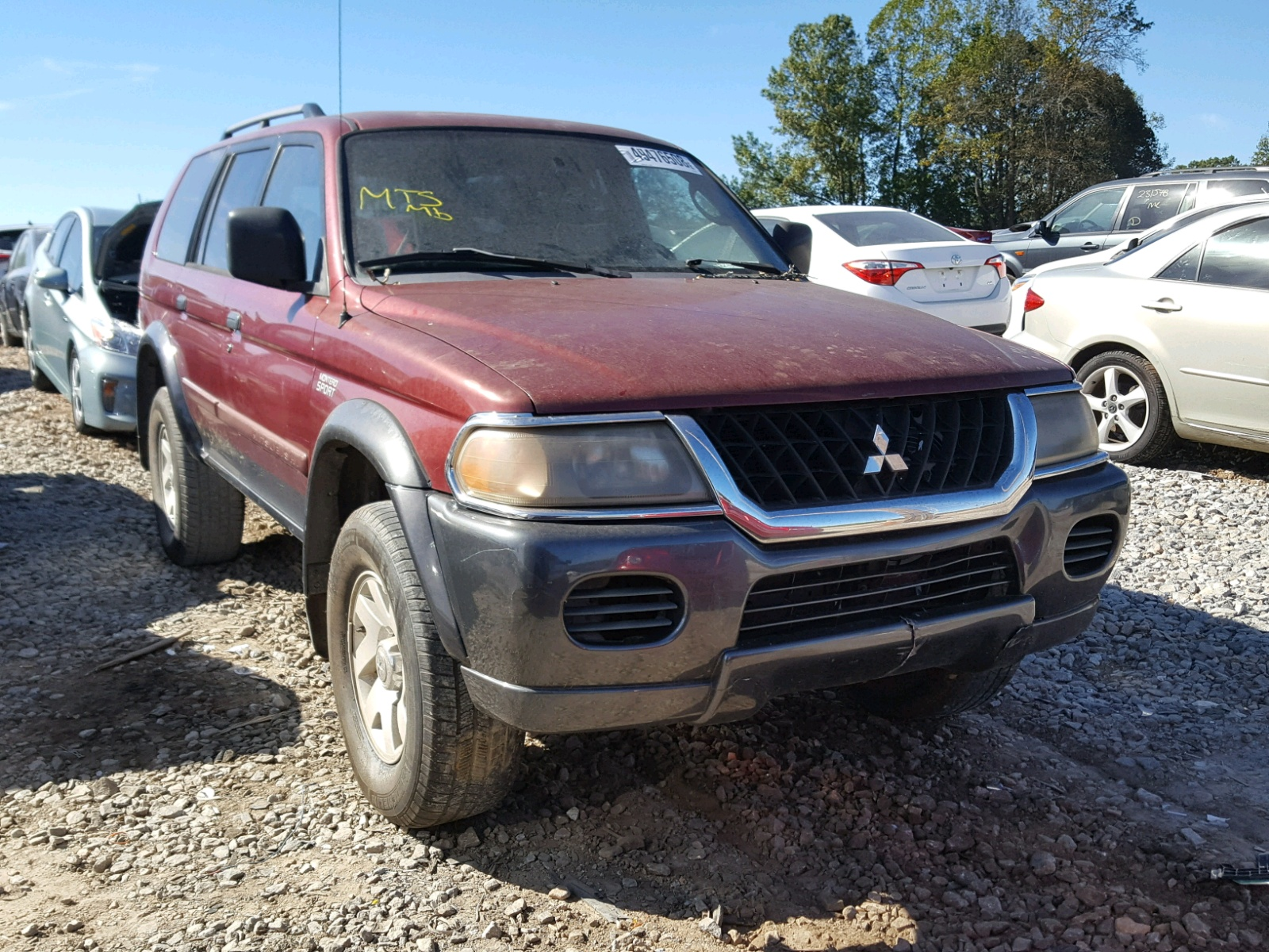 Salvage 2002 Mitsubishi MONTERO SP for sale