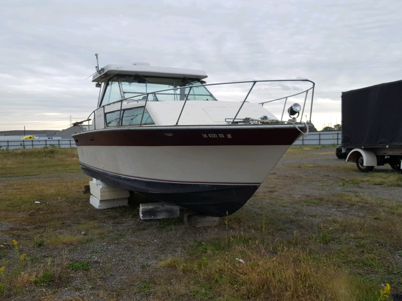 Salvage 1976 Slic MARINE LOT for sale