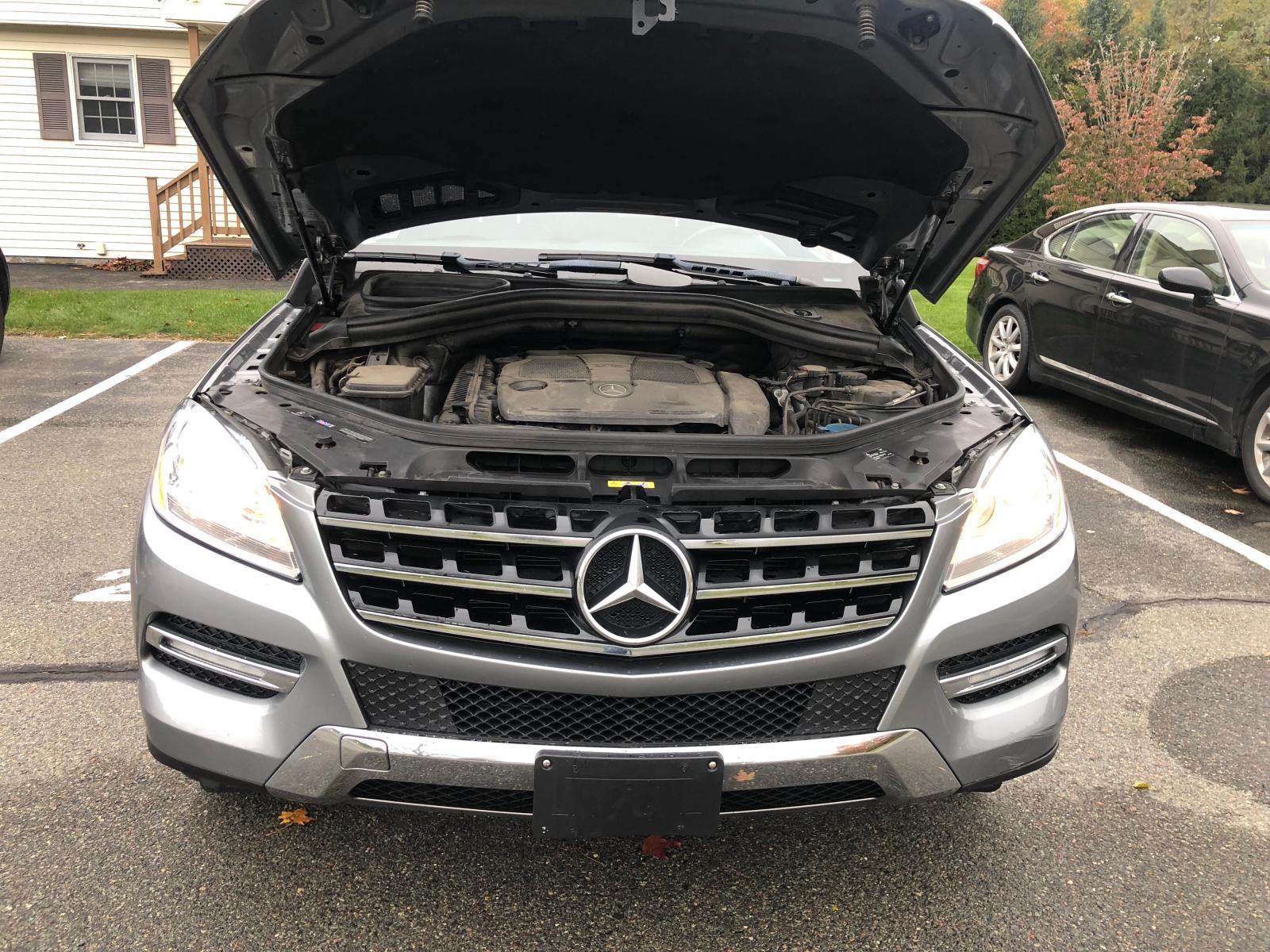 2012 Mercedes-Benz Ml 350 4Ma 3.5L front view