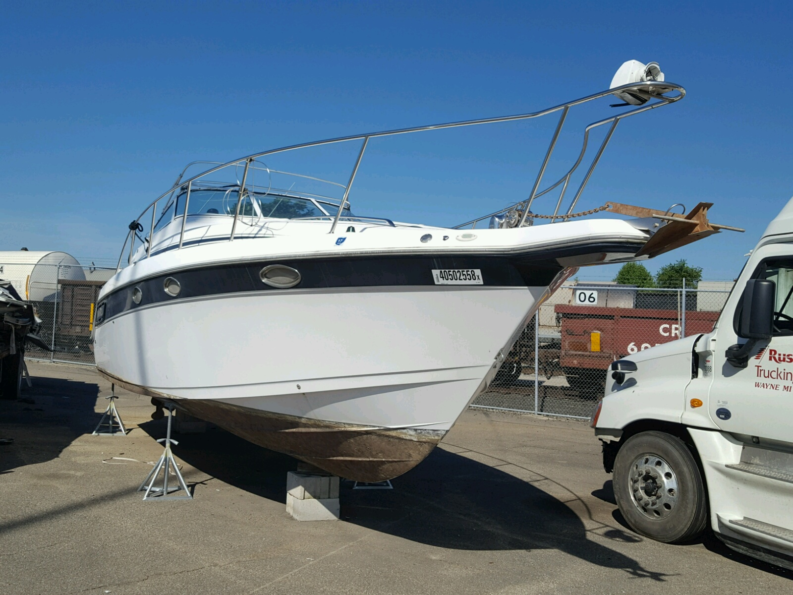 Salvage 1998 Donzi BOAT for sale