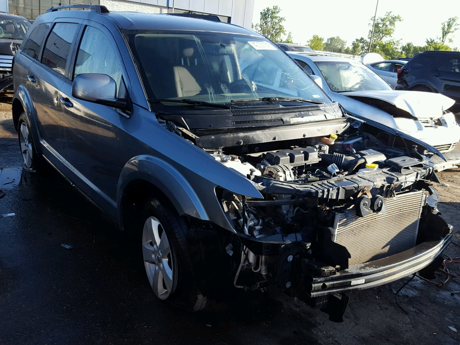 Salvage 2010 Dodge JOURNEY SX for sale
