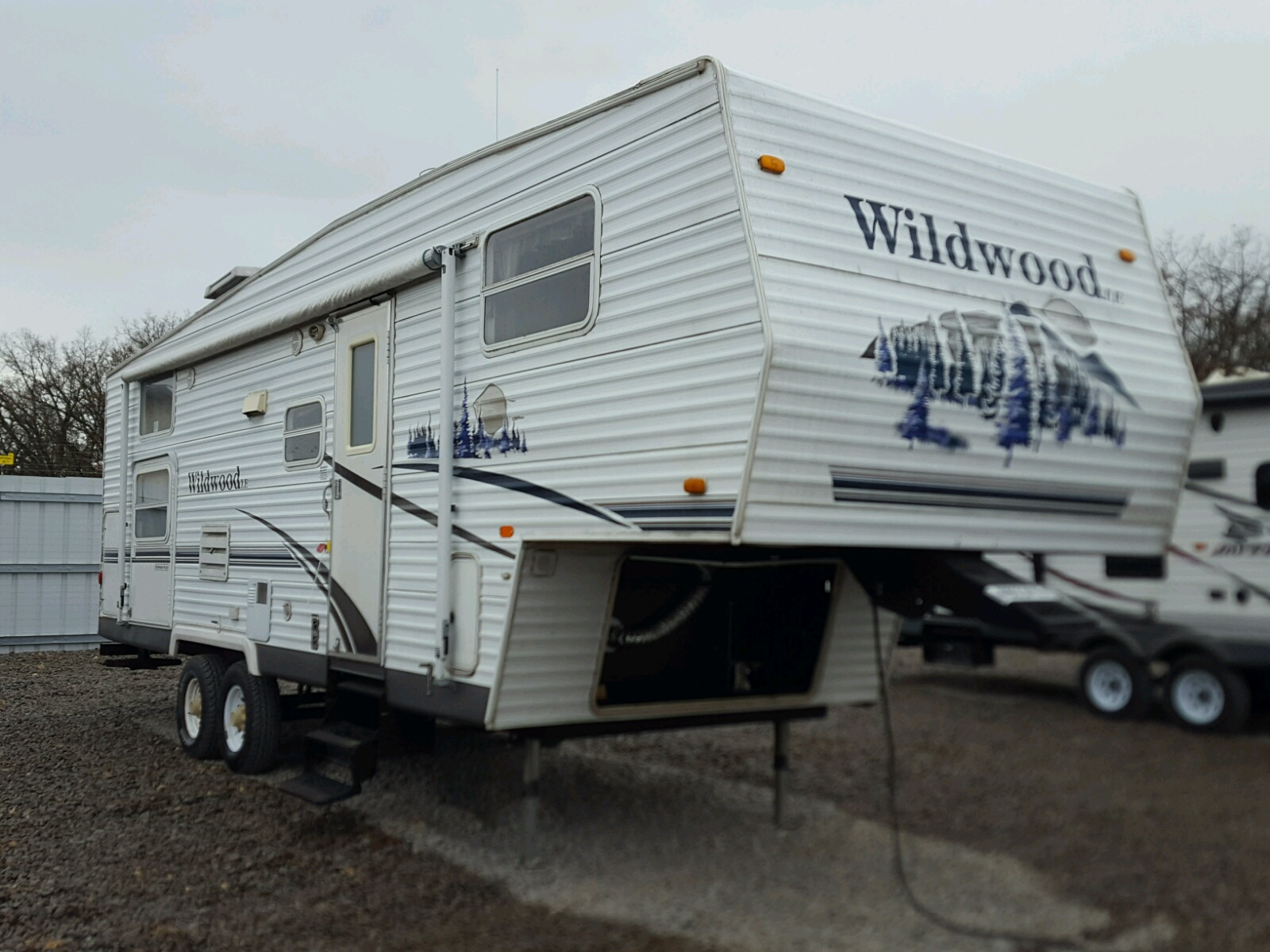 Salvage 2007 Wildcat TRAVEL TRAILER for sale