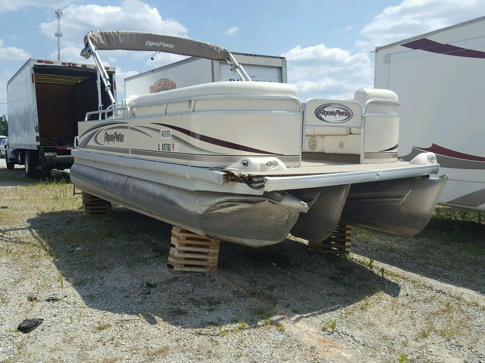 Salvage 2004 Aquasport MARINE LOT for sale