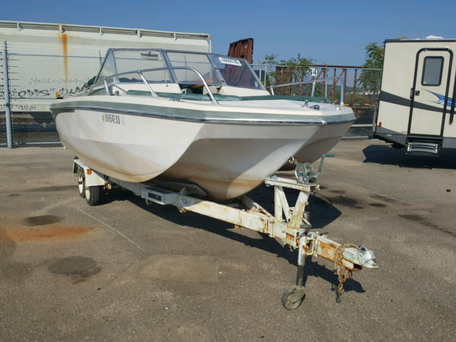 Salvage 1970 Glastron BOAT for sale