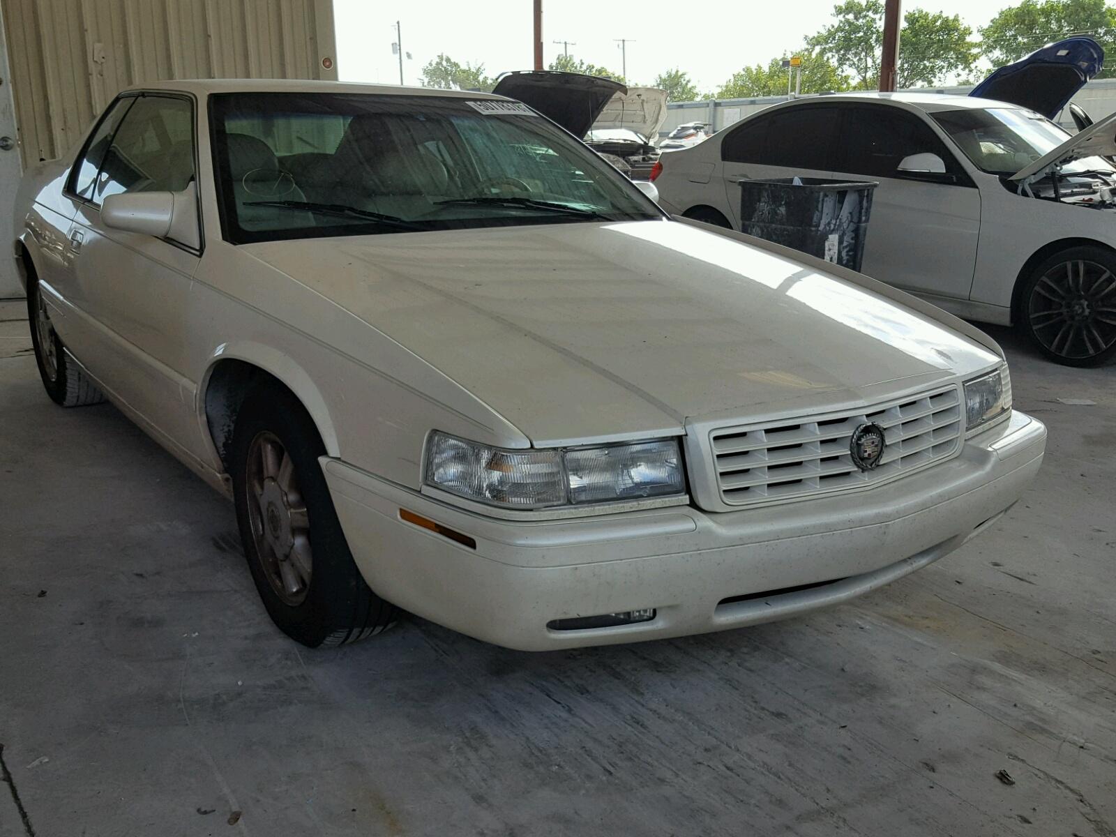 Salvage 2000 Cadillac ELDORADO T for sale