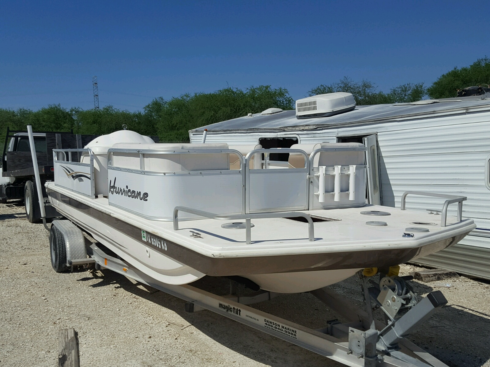 Salvage 2004 Hurricane BOAT for sale