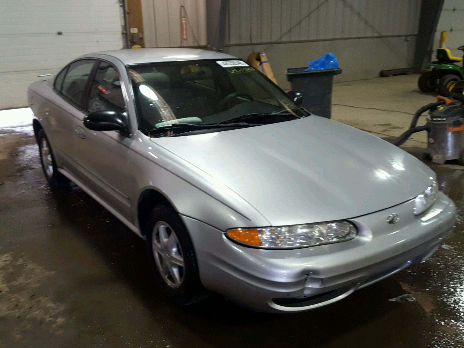 Salvage 2004 Oldsmobile ALERO GL for sale