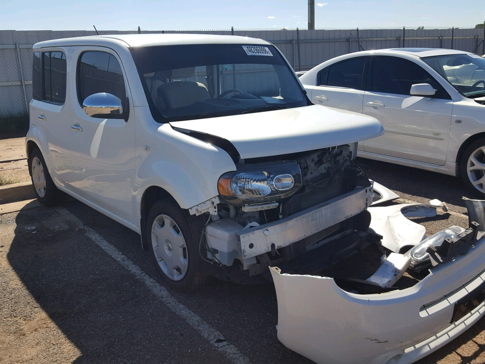 Salvage 2014 Nissan CUBE S for sale