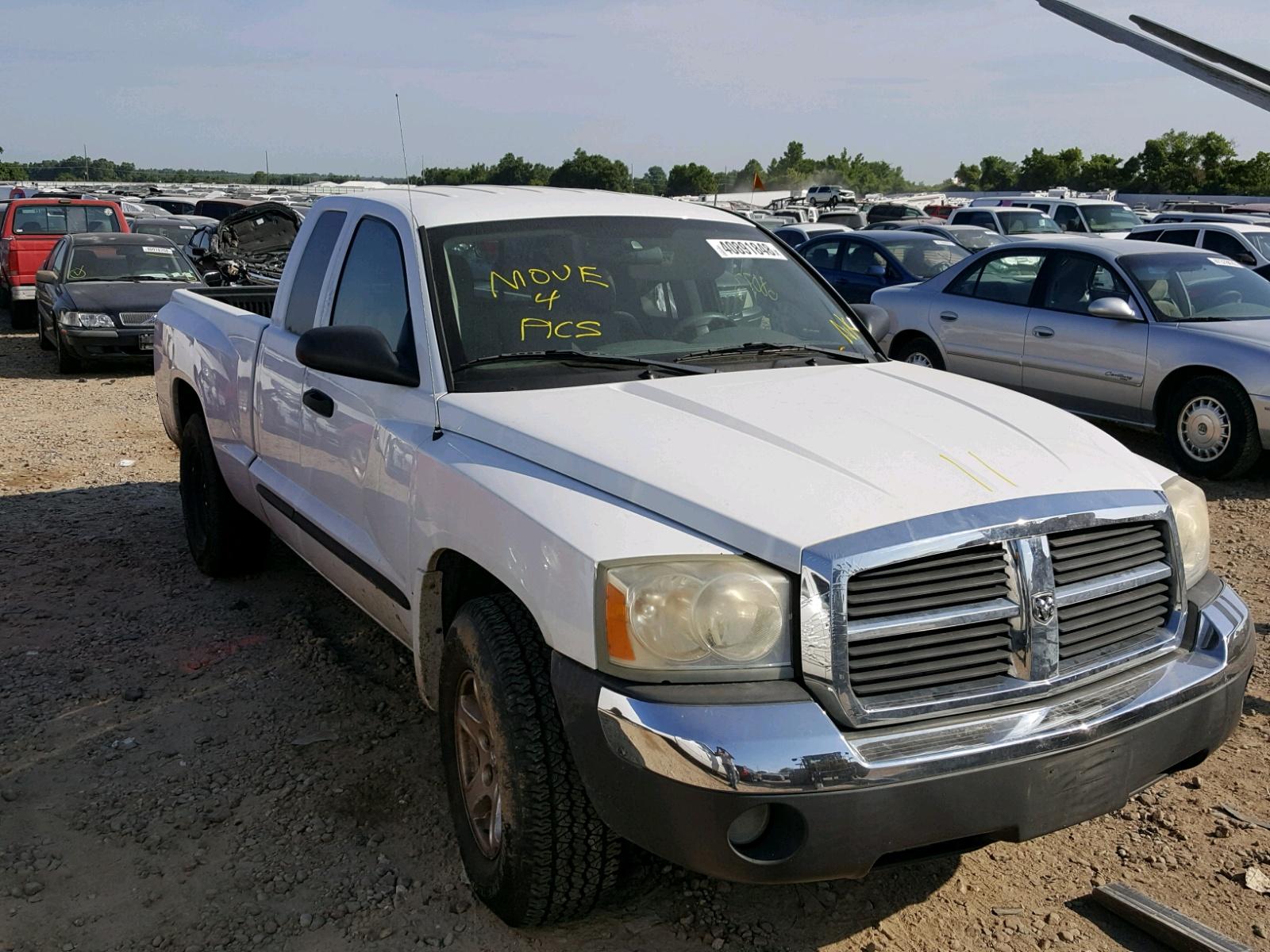 Salvage 2005 Dodge DAKOTA SLT for sale