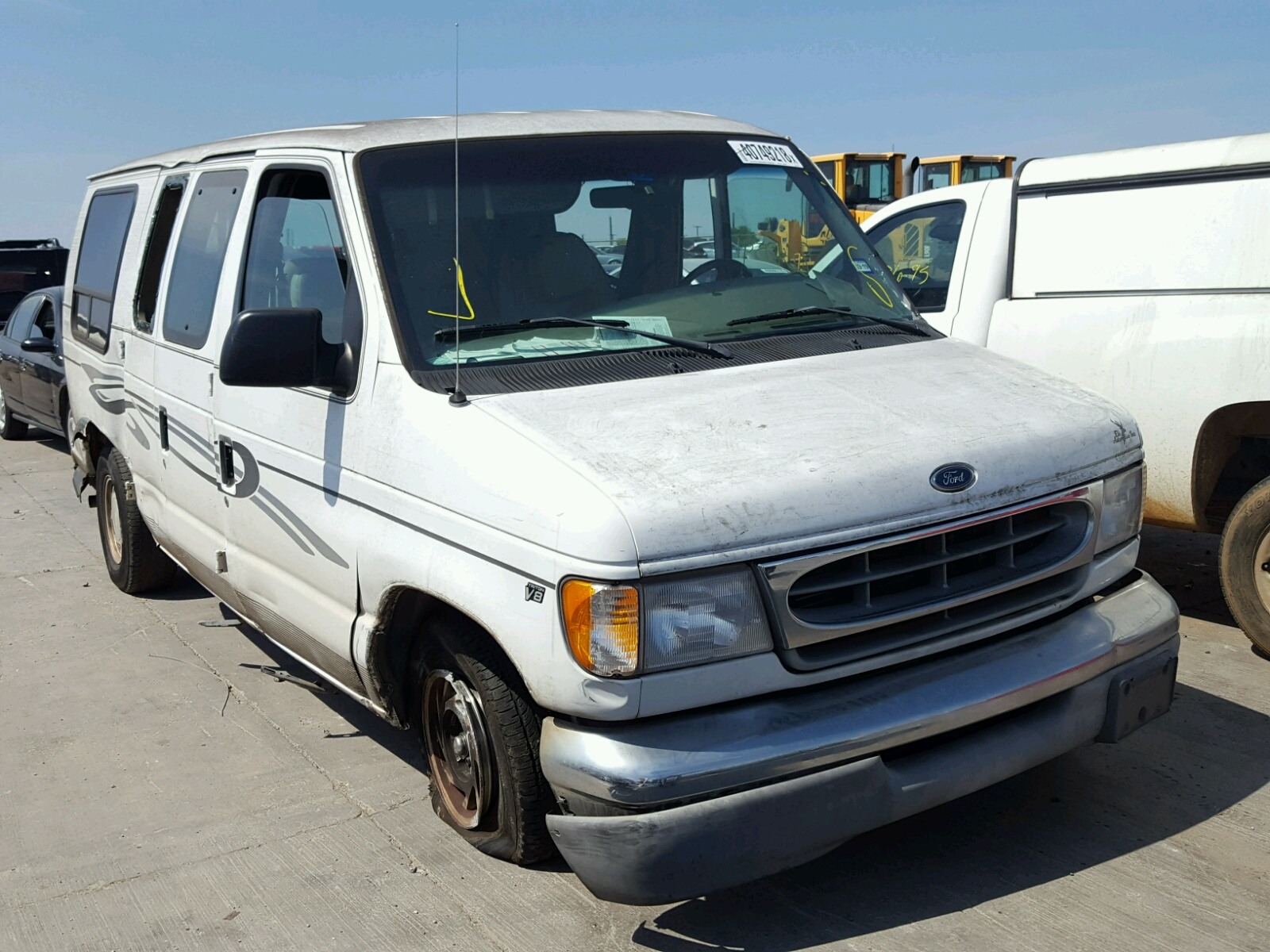 Salvage 2000 Ford ECONOLINE for sale