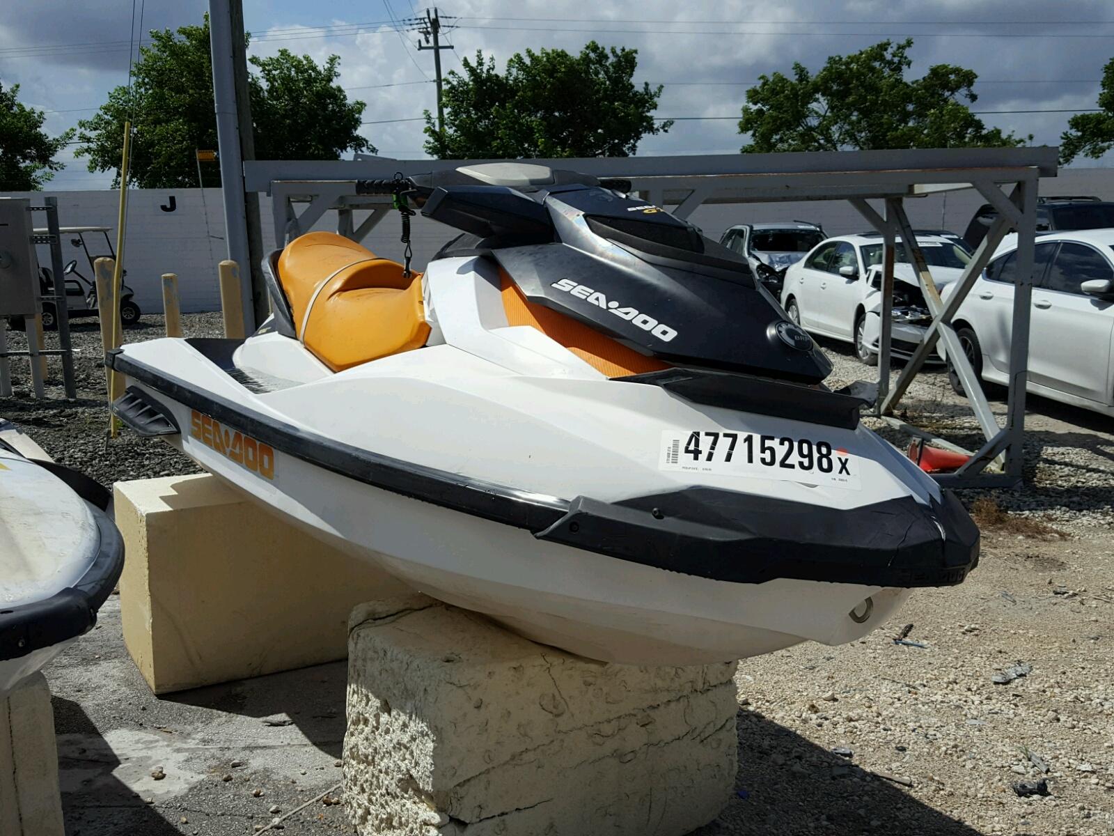 Salvage 2015 Seadoo GTS for sale