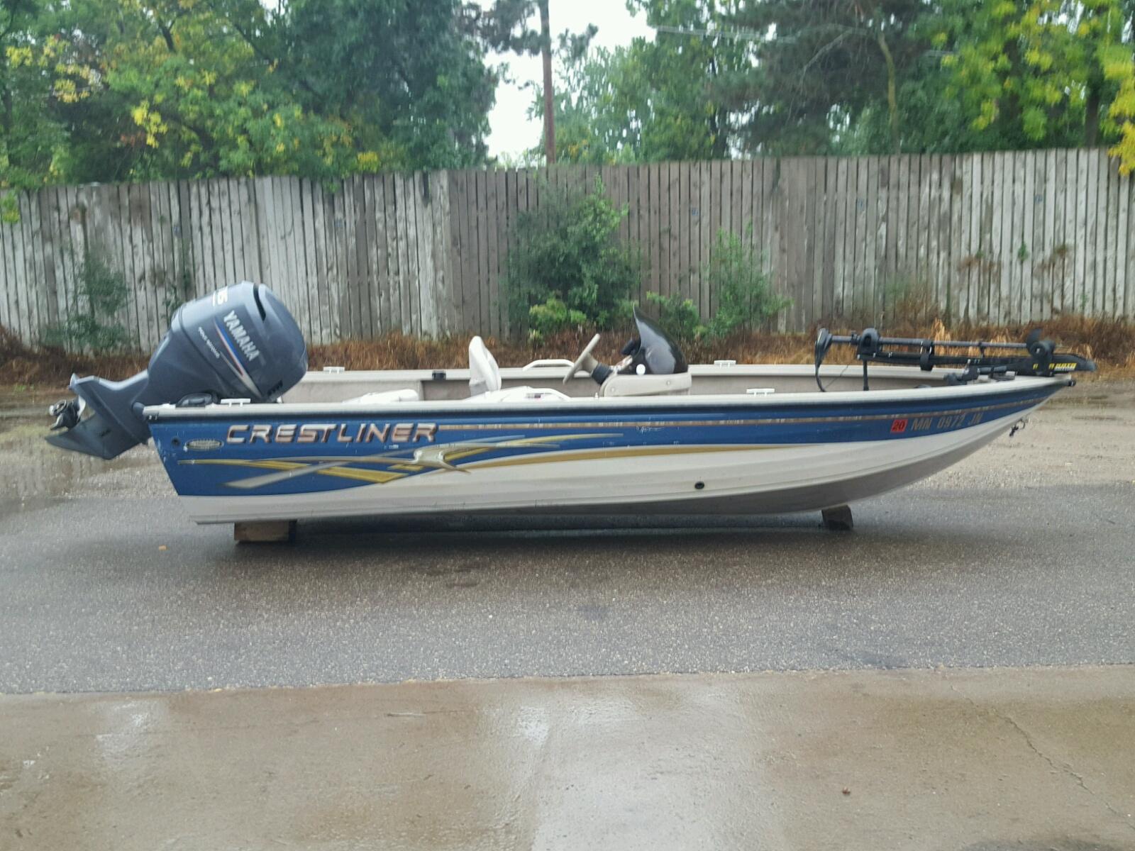 Salvage 2003 Crestliner 1750 FISH for sale