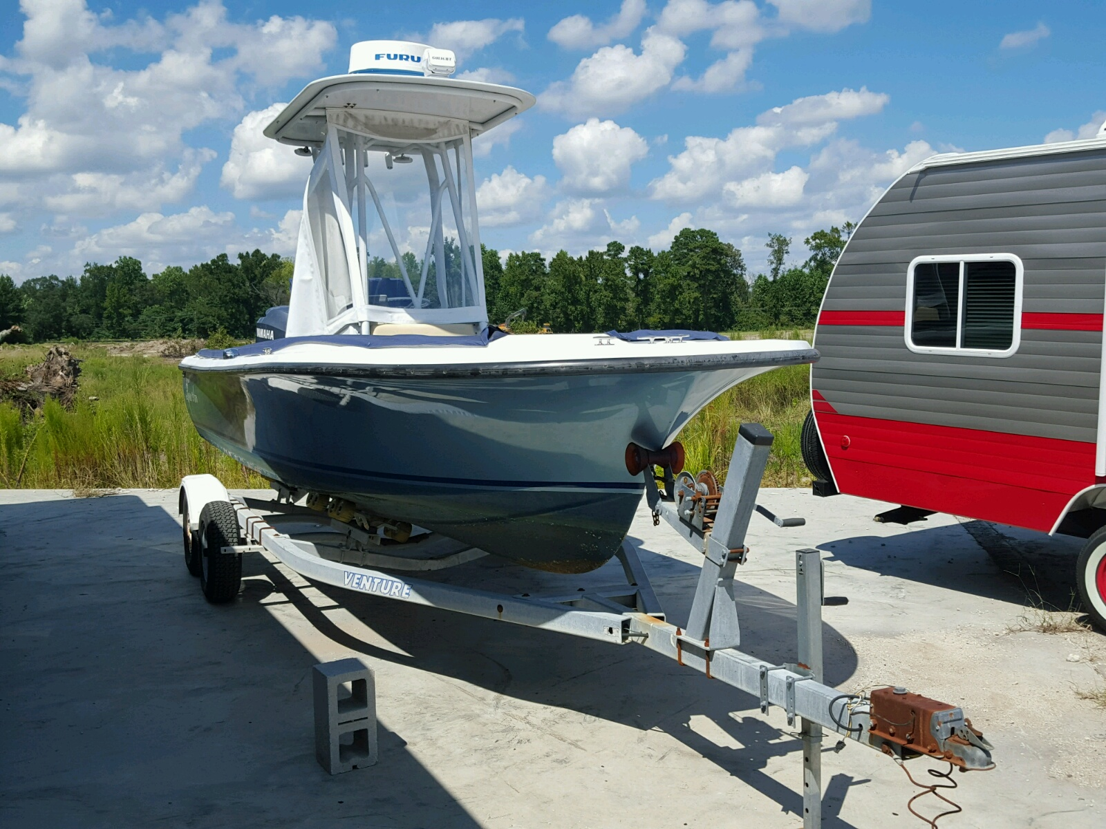 Salvage 2008 Freedom BOAT for sale