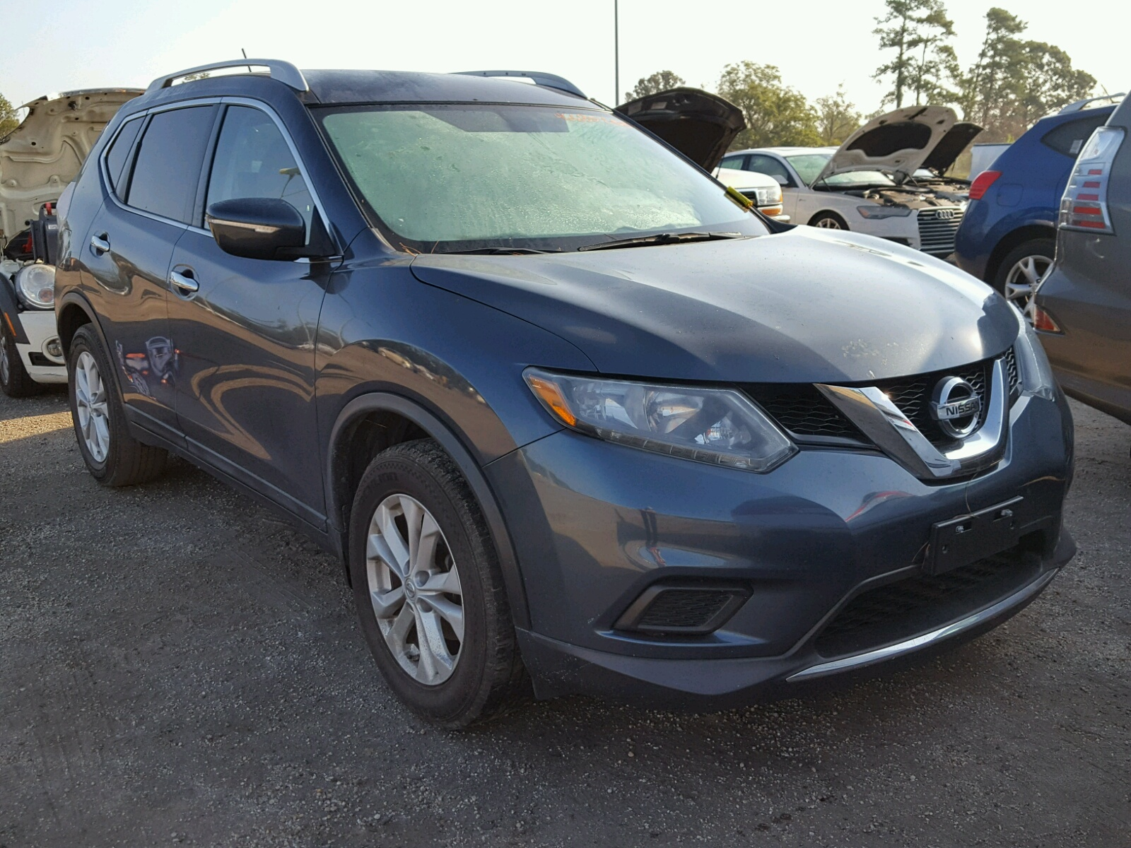 Salvage 2014 Nissan ROGUE S for sale