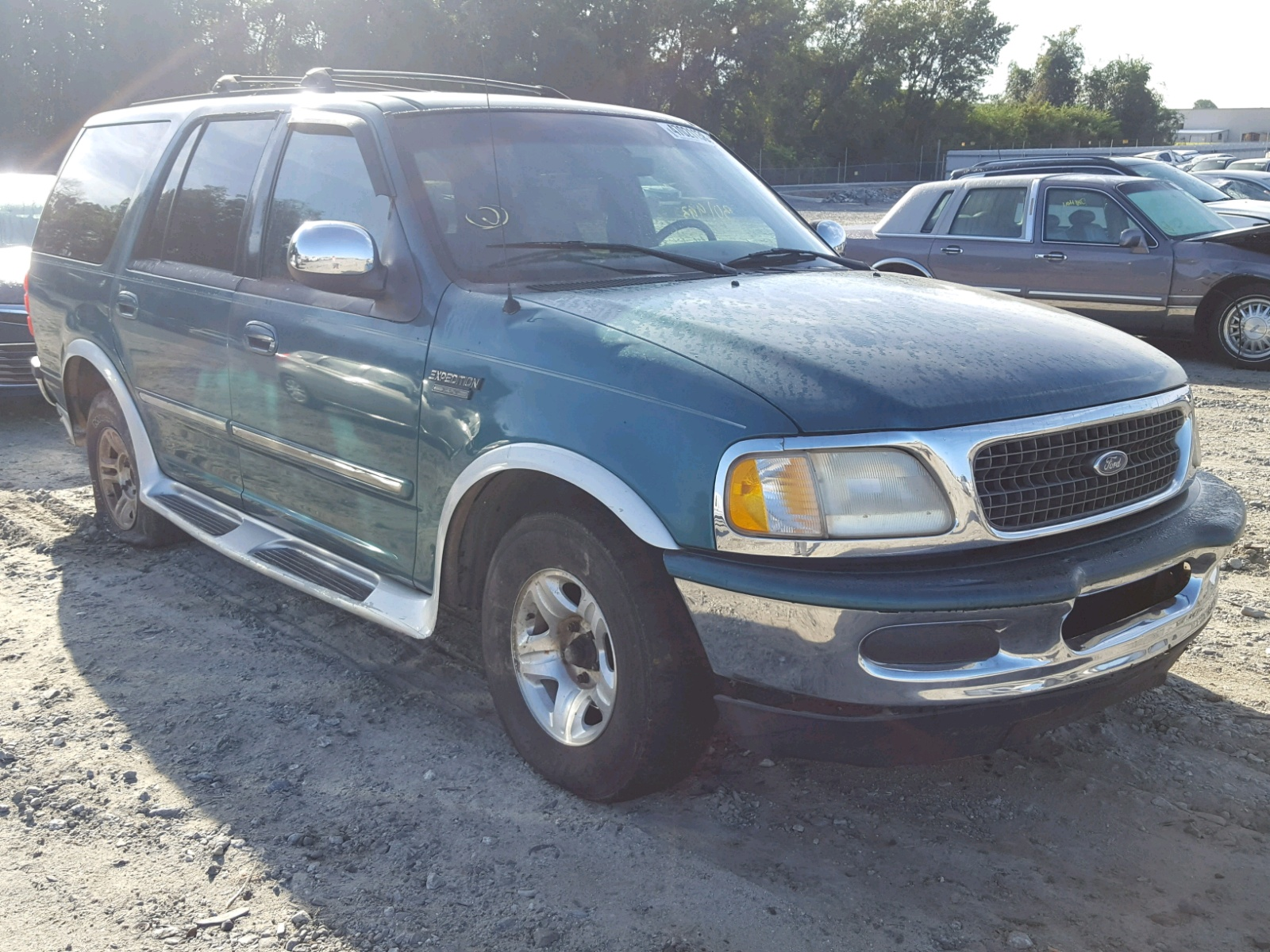 1998 ford expedition 5 4l left view