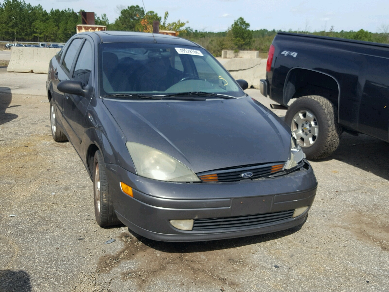 Salvage 2003 Ford FOCUS ZTS for sale