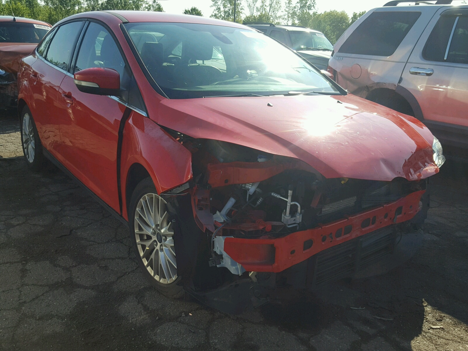 Salvage 2012 Ford FOCUS SEL for sale