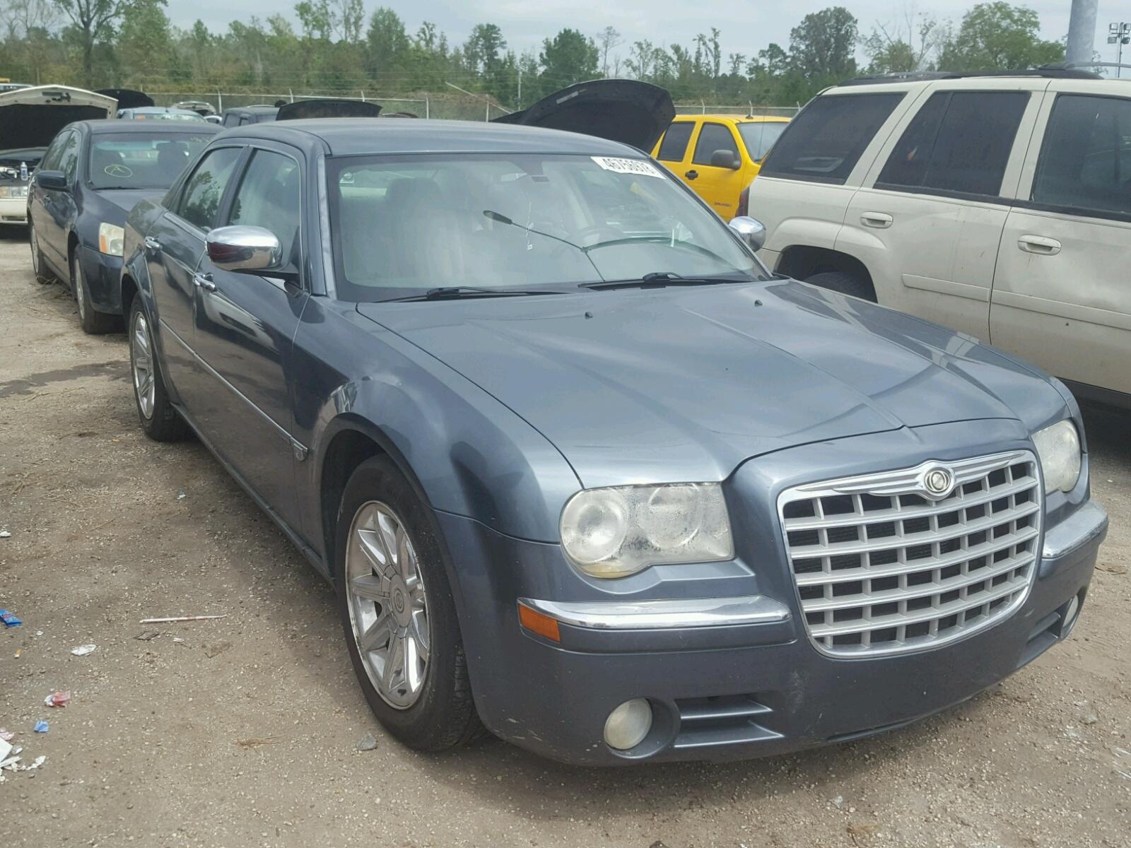 Salvage 2005 Chrysler 300C for sale