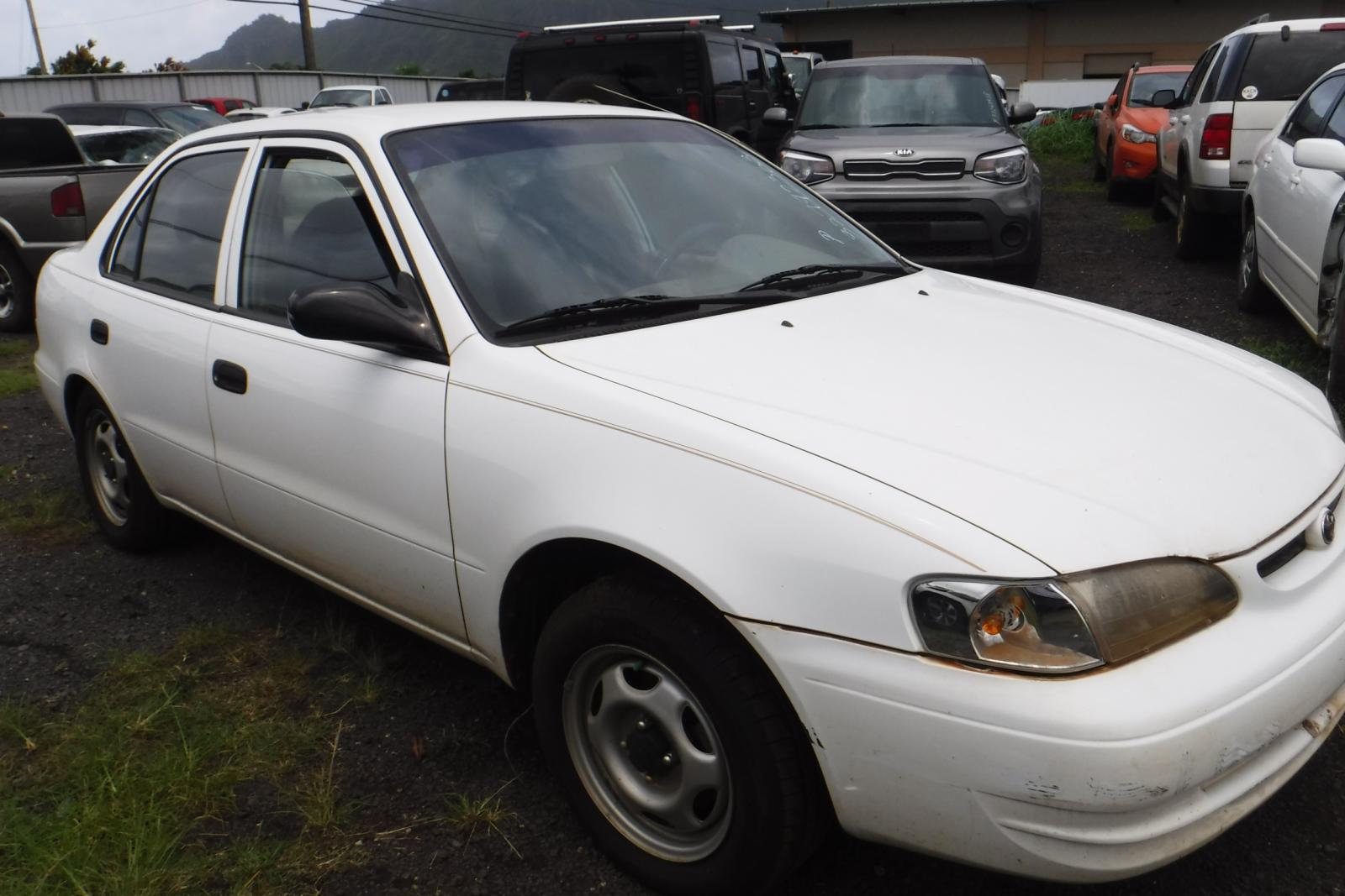 Salvage 1998 Toyota COROLLA VE for sale