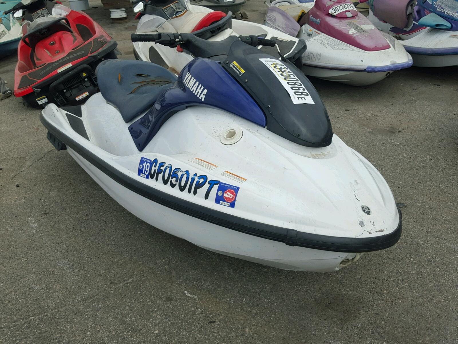 Salvage 2001 Yamaha GP 800 for sale