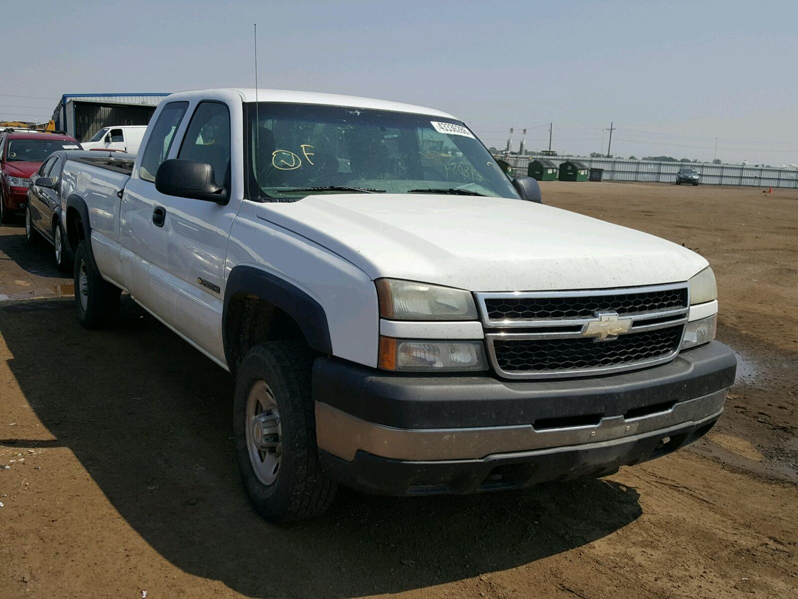 Salvage 2006 Chevrolet SILVERADO for sale