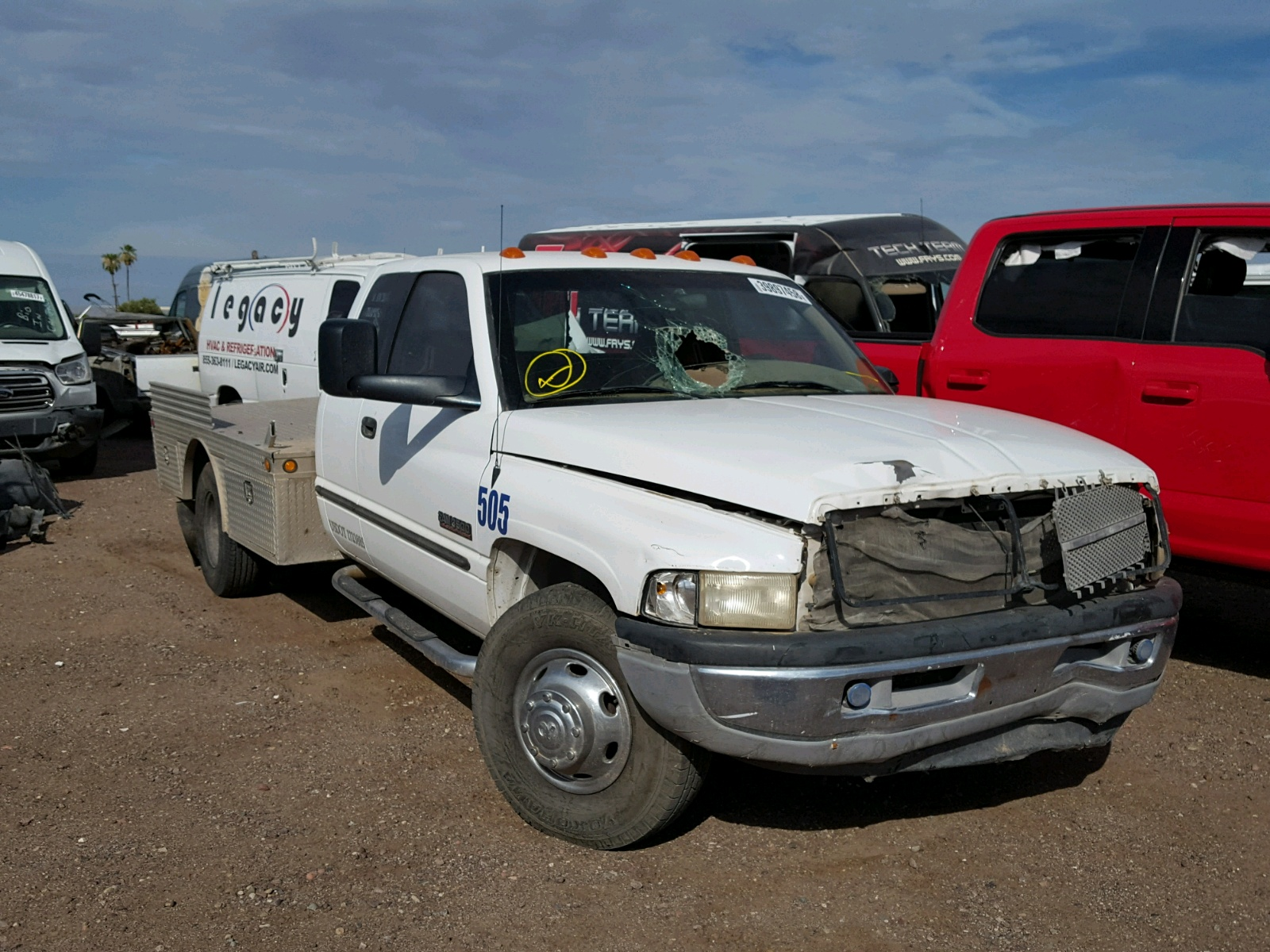 1b7mc33651j203049 2001 White Dodge Ram 3500 On Sale In Az Extended Cab 59l Left View