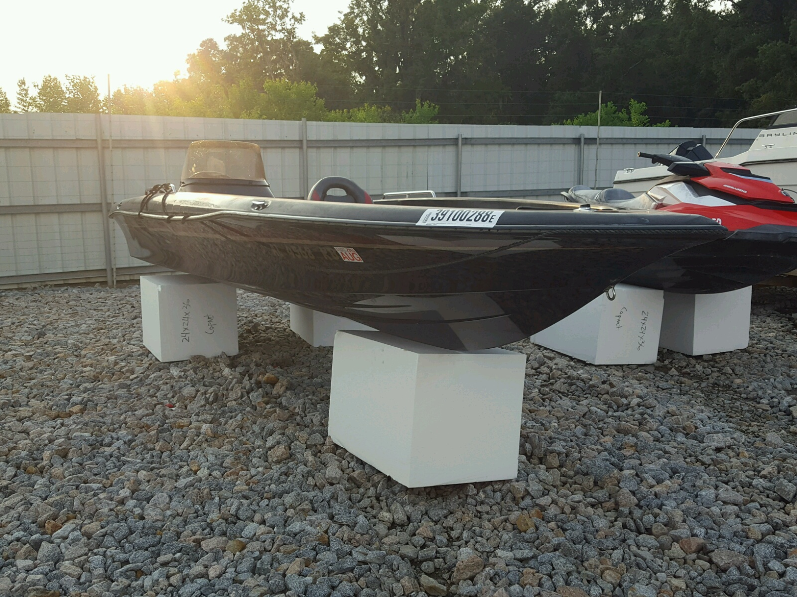 Salvage 1997 Cobra Trike BOAT for sale