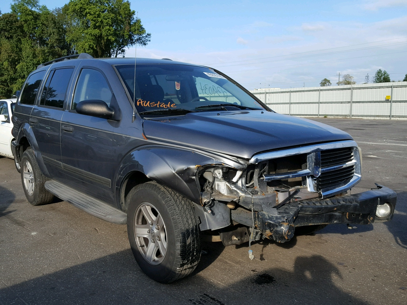 Salvage 2005 Dodge DURANGO SL for sale