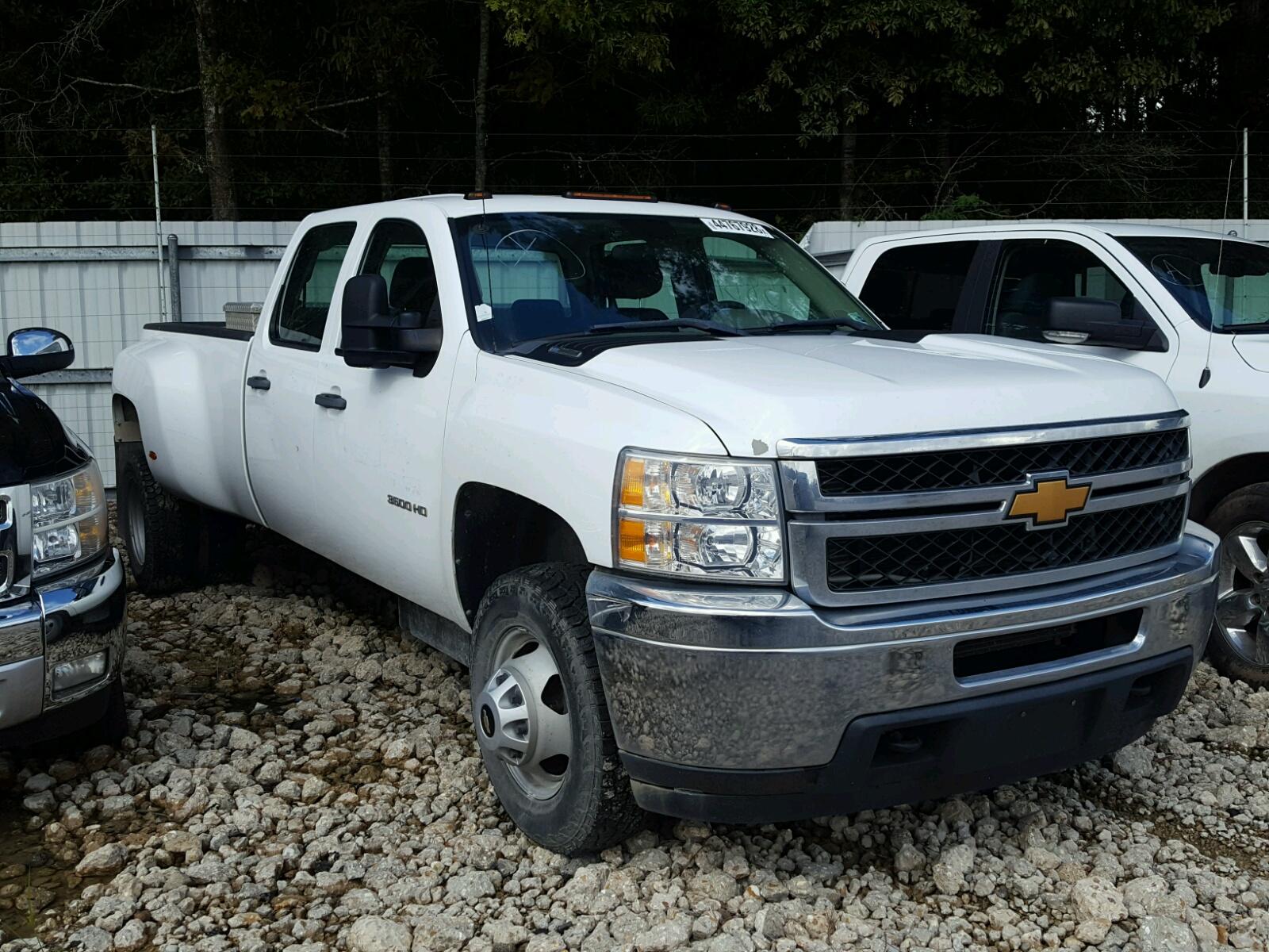 Salvage 2013 Chevrolet SILVERADO for sale